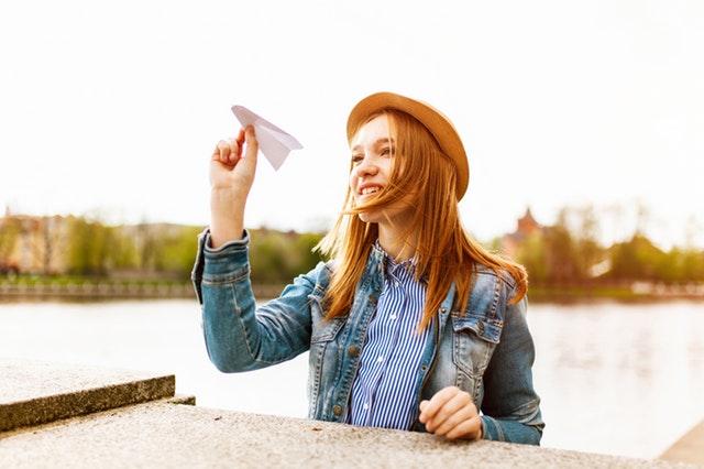 Jak zrobić samolot z papieru?